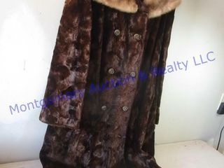 W GERMAN FAUX FUR COAT