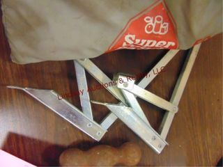 Group of squeeze clamps