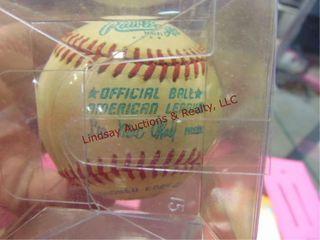 Rawlings signed George Brett baseball