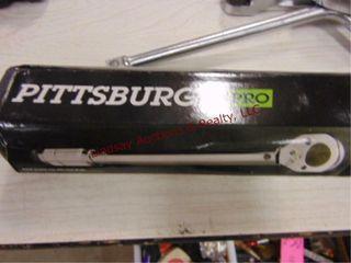 NIB Pittsburg Pro 1 2 drive click stop torq wrench