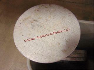Trashcan w  4pc 10  round alum   pcs of lead
