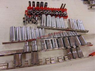 Group of craftsman 1 4   3 8 drive sockets