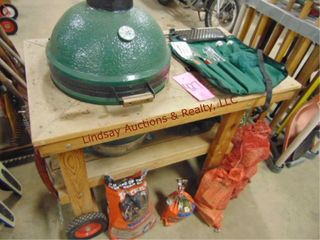 Big Green Egg smoker cooker on cart  43x25x32  w