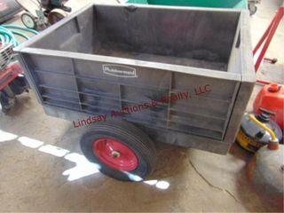 Rubbermaid yard cart 39  x 28