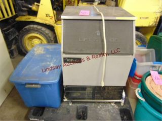 Ice O Matic 110v ice machine WORKS w  bags