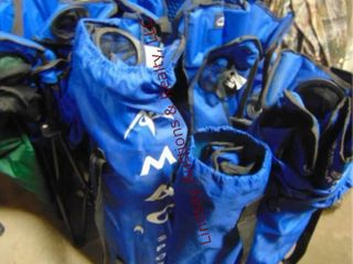 6 blue folding camp chairs