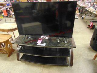 Samsung 55  flatscreen tv w  stand  54 x 18 5x22