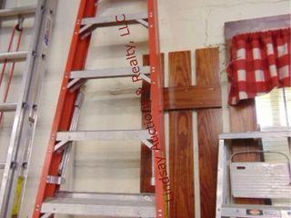 10ft fiberglass step ladder 300lb cap