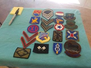 WORlD WAR 2 MIlITARY PATCHES