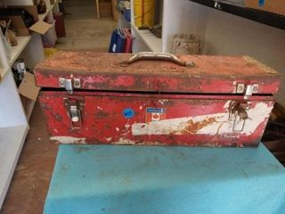 TOOl BOX WITH MISCEllANOUS ITEMS