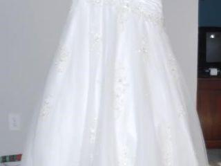MON CHERI SIZE 8 WEDDING DRESS