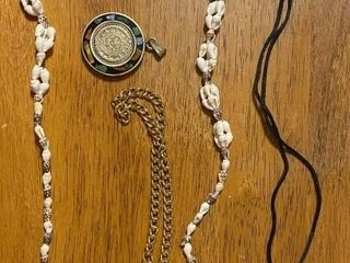 POCKET WATCH  NECKlACE    MISC