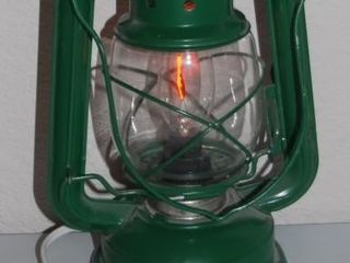 GREEN ElECTRIC lANTERN WITH FlICKER BUlB