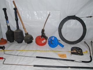 GROUP OF MISC  PlUMBING TOOlS