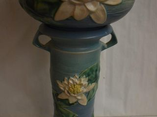 Roseville Water lily 663 8  jardiniere and pedestal  blue