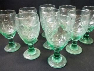 Drinking Glasses   2 Styles    9 2