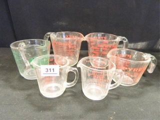 Pyrex Measuring Cups 5