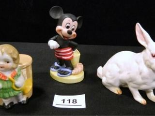 Figurines  Mickey Mouse  Rabbit