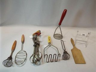 Vintage Kitchen Utensils  7