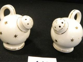 Ball Pitcher Salt   Pepper Shakers