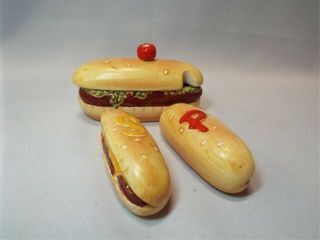 Enesco Hotdog S P  Condiment Set  3