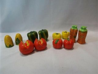 Vegetable Salt   Pepper Shakers  6 sets