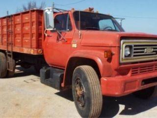 1980 Chevy 70 V 8 Wheat Truck
