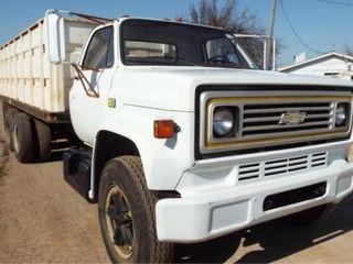 1981 Chevy 70 V 8 Wheat Truck