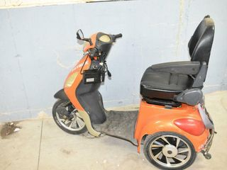 DAYMAK 3 Wheel Electric Scooter  starts  runs