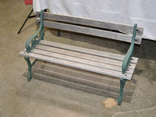 Child s Garden Bench with Cast Ends  36  long