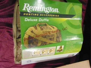 NIP Remington Deluxe duffle bag
