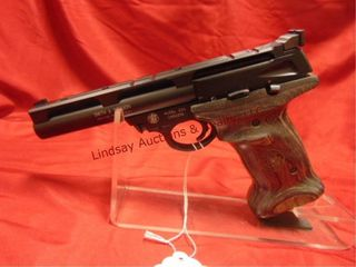 Smith   Wesson  6  brl  target grips