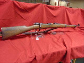 Fabrica le Armas 1926 Mauser w  sling