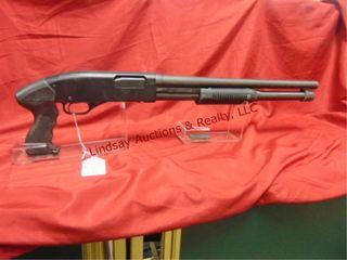 Winchester mod  1300 Defender 12 ga pump shotgun