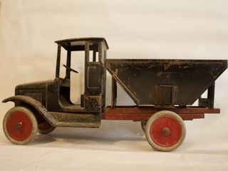 Shipshewana Spring Toy Auction