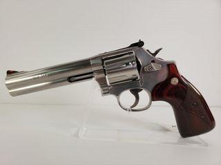 Smith   Wesson 686 6  357 Mag Revolver