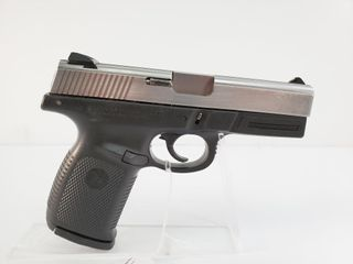 Smith   Wesson SW40VE Pistol