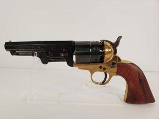 F  llI Pietta 1858 New Army Revolver