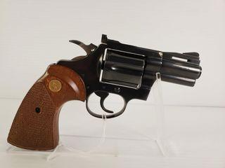 Colt Diamondback  38 SPl Revolver