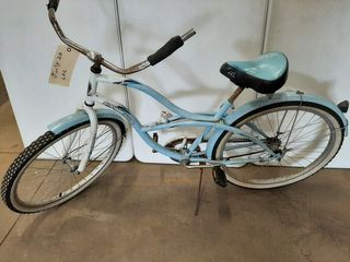 SUPERCYClE ANNIVERSARY EDITION BlUE BIKE
