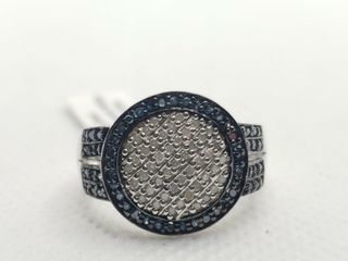 SIlVER BlUE AND WHITE DIAMOND  0 4CT  RING