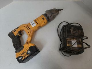 DEWAlT SHEAR WITH BATTERY AND CHARGER