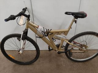 GOlD PAINTED MOUNTAIN BIKE
