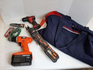 BAG WITH SNAP ON 3 8  IMPACT WRENCH  RIDGID