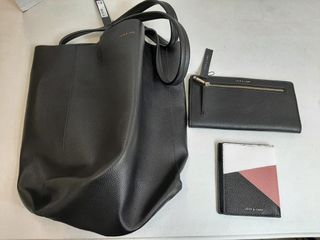 lOVE   lORE TOTE AND WAllET