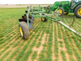 John Deere 3100 Plow