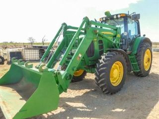 2011 John Deere 7230 Tractor W 741 loader