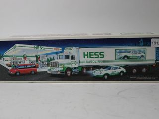 HESS 18 WHEElER AND RACER 15