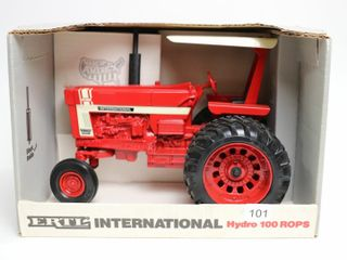 INTERNATIONAl HYDRO 100 ROPS TRACTOR 1991 SPECIAl