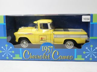 HOME HARDWARE 1957 CHEVROlET CAMEO PICK UP TRUCK